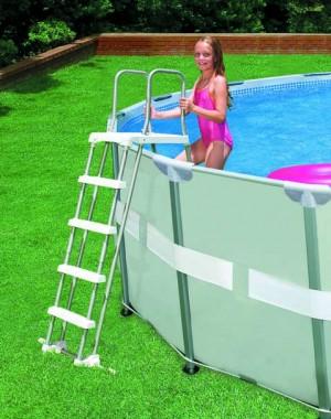 Intex Zwembadtrap DeLuxe