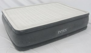 Intex Comfort Plush Elevated Airbed